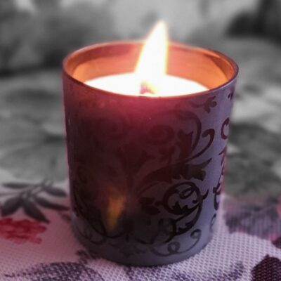 Lumânare naturală, cu fitil de lemn tropical, în pahar de cristal, fără parfum
