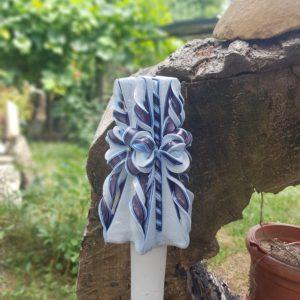 Lumanare sculptata manual, Sorrisi, nunta/botez,alb/albastru, personalizata cu nume si data